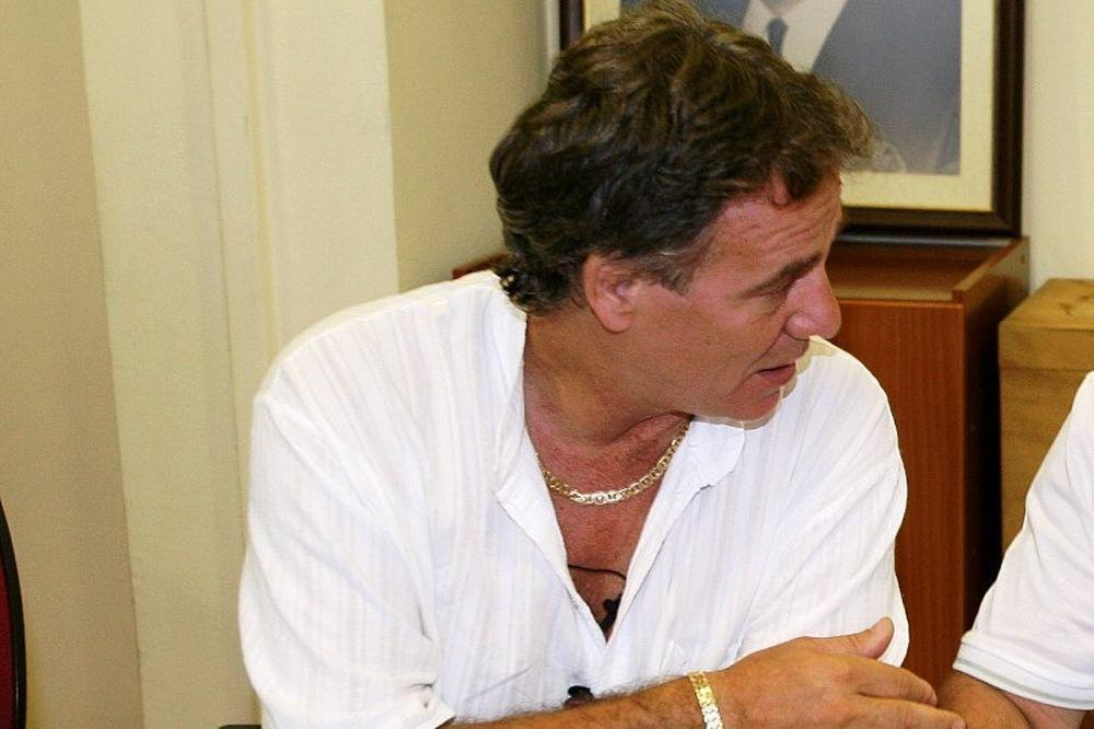 Αδαμάκης: «Δεν μπορεί να ανταπεξέλθει στις υποχρεώσεις της ομάδας  Λυριωτάκης»
