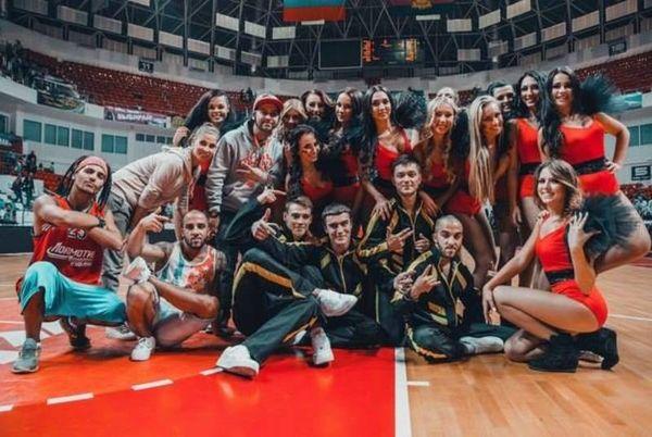 Λοκομοτίβ Κουμπάν: Οι... καυτές cheerleaders στέλνουν F4 τον Μάριτς! (video)