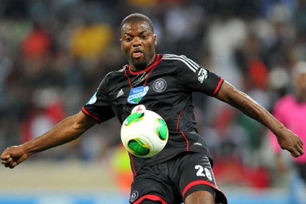 Αφρική: Ποδοσφαιριστής είχε ένα άνευ προηγουμένου τρακάρισμα (photos)
