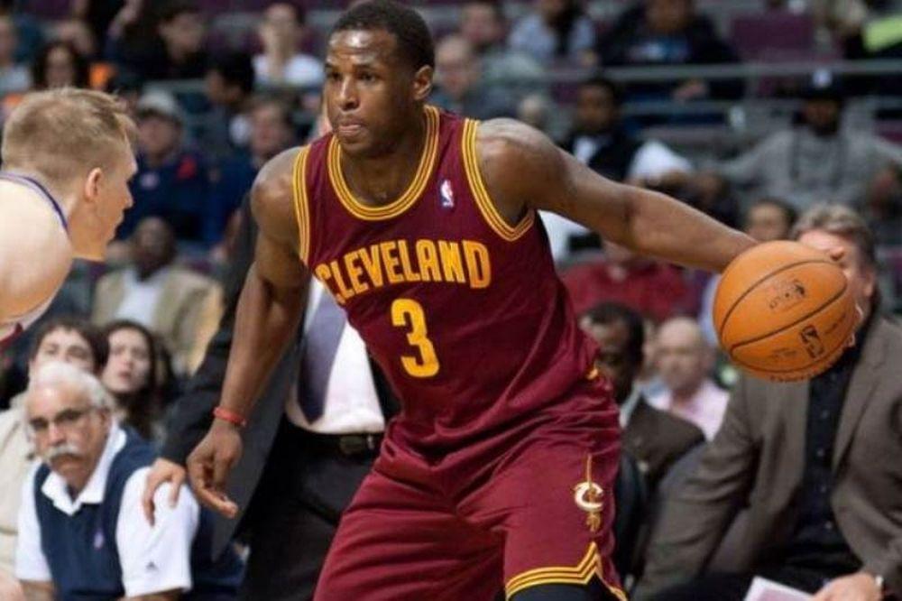 NBA: Top 10 με... buzzer beater (video)