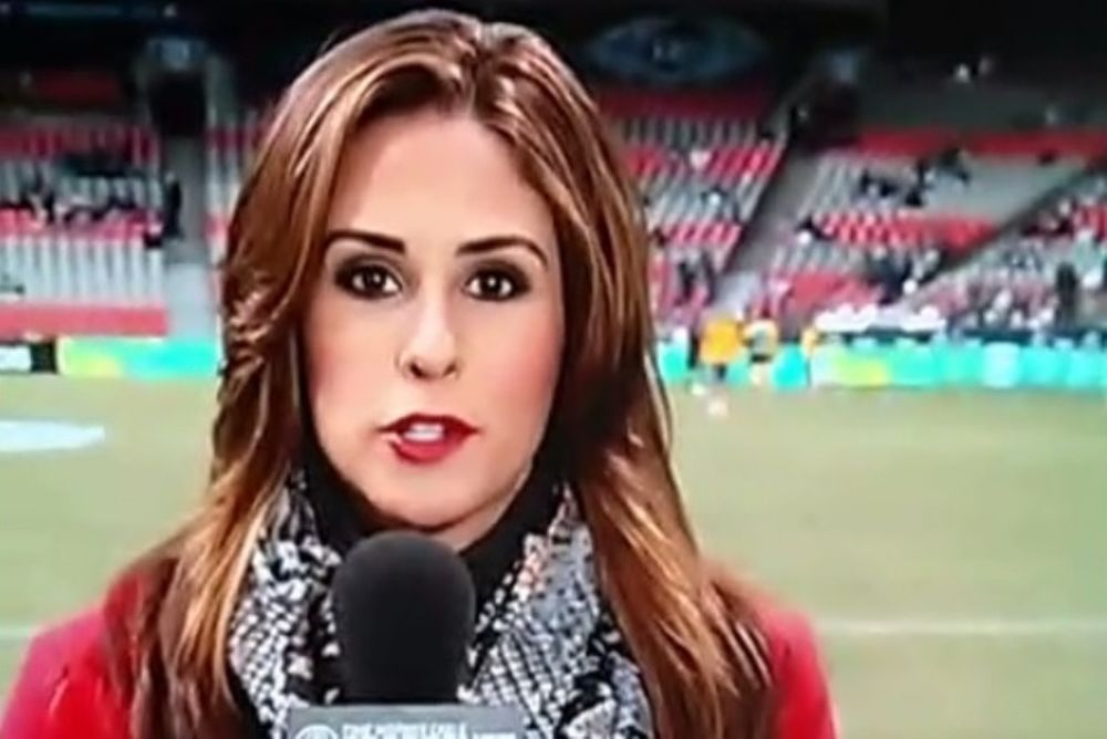 MLS: Η μπάλα στο κεφάλι μιας σέξι ρεπόρτερ! (video)