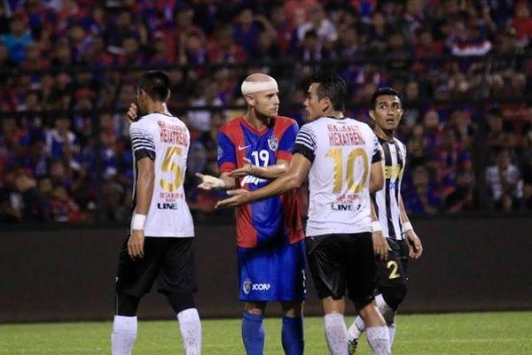 Μαλαισία: Τα εκπληκτικά γκολ του Φιγκερόα (video)