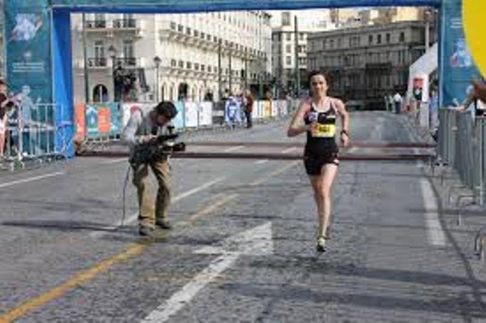 Ημι-μαραθώνιος: «Η Αθήνα γιορτάζει και οι πολίτες τρέχουν!»