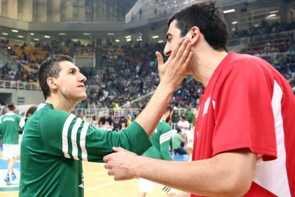 Onsports TV: Οι αγκαλιές Διαμαντίδη με Σπανούλη, Σερμαντίνι (videos+photos)