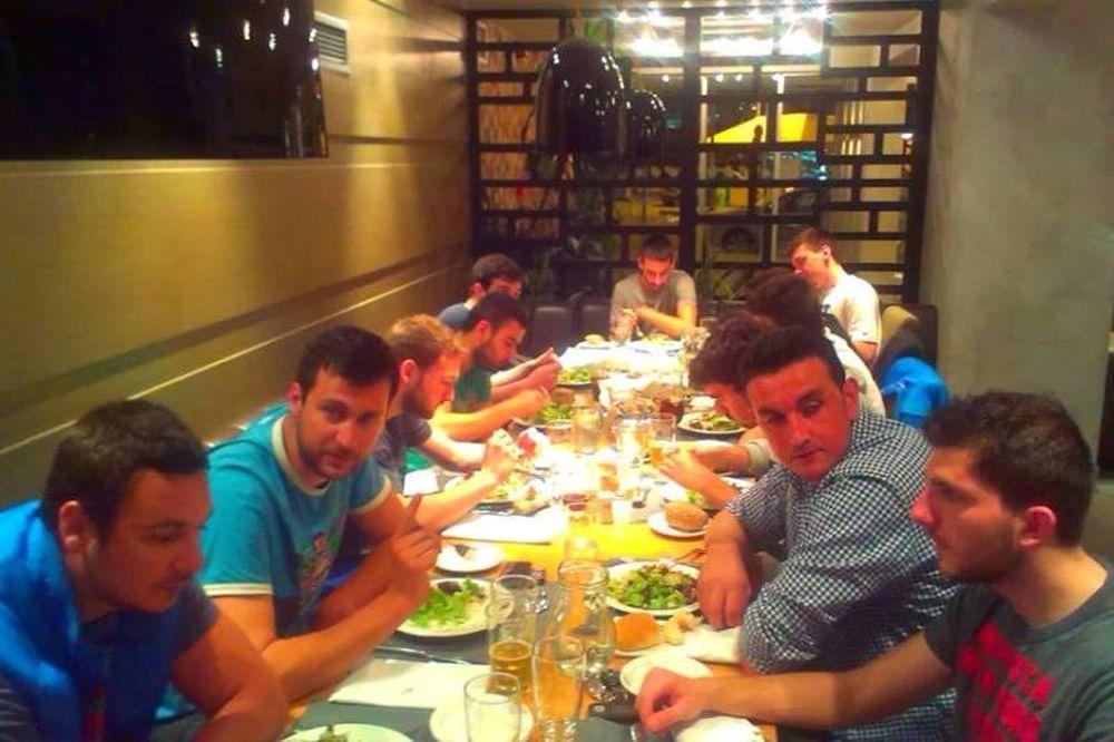 Κομοτηνή: Αυλαία με δείπνο (photos)
