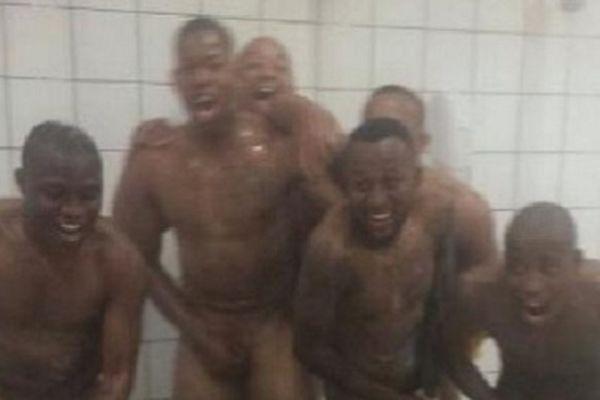 Νότια Αφρική: Παίκτες πανηγύρισαν γυμνοί (photo)