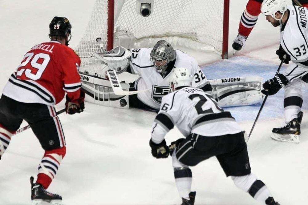 NHL: Στη δεύτερη παράταση οι Μπλάκχοκς! (videos)