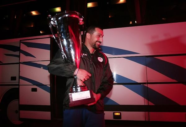 Ολυμπιακός: Ανανέωσε ο Χριστοφιδέλης (photos)