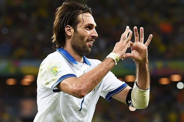 Παγκόσμιο Κύπελλο Ποδοσφαίρου 2014: Ρεκόρ για FIFA με… Σαμαρά! (photos+video)