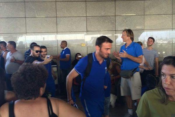 Εθνική Ελλάδας: Προσγειώθηκαν οι… ήρωες (photos+videos)