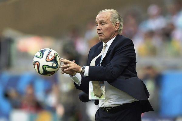 Παγκόσμιο Κύπελλο: Αποφασίζει για το μέλλον του ο Σαμπέγια
