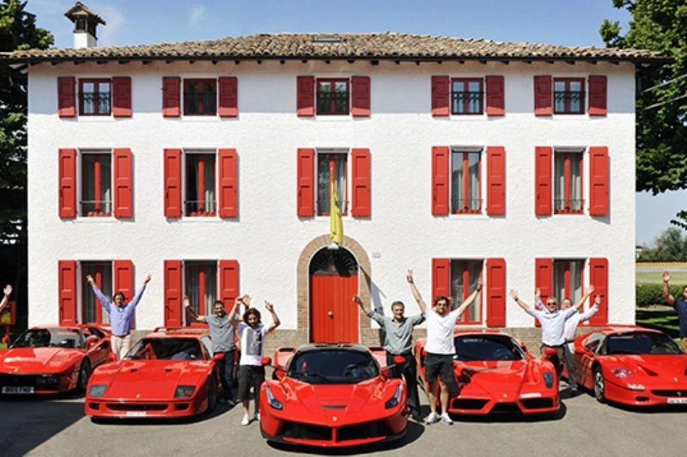 Ο συλλέκτης των κόκκινων Ferrari