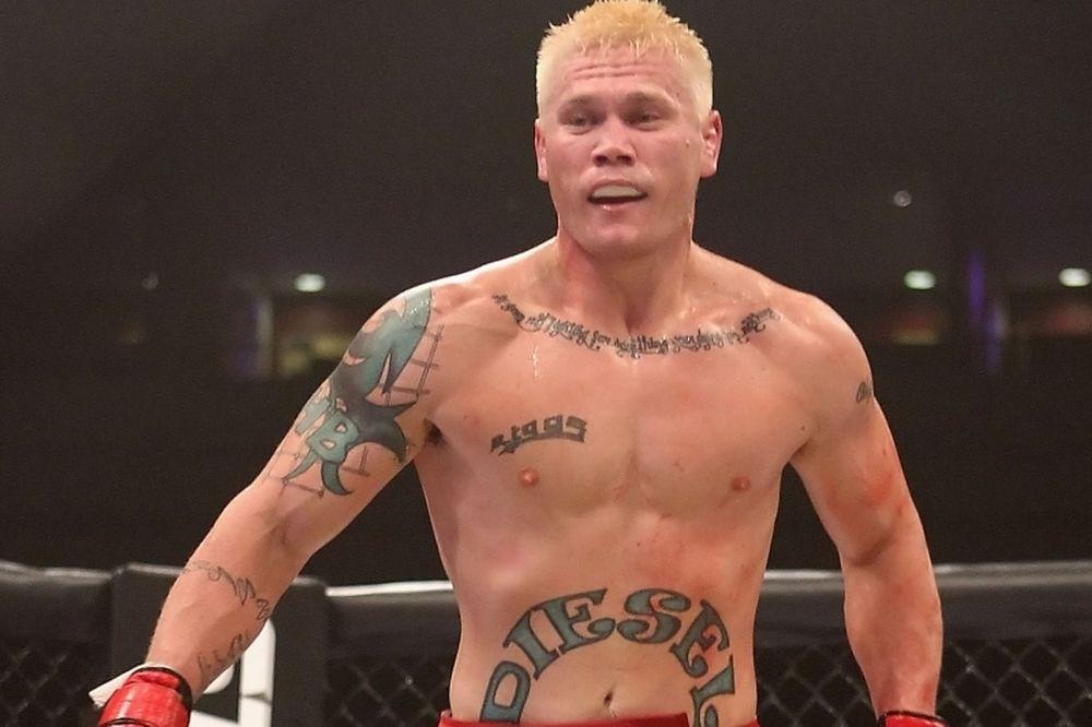 UFC Fight Night 55: «Εισιτήριο» για Riggs