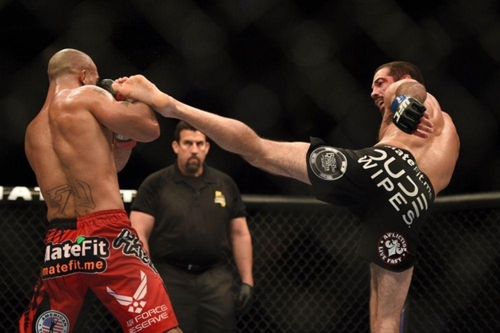 UFC on FOX 12: Κυρίαρχος Lawler στο Σαν Χοσέ