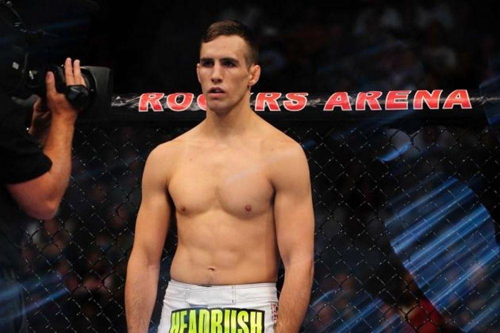 UFC Fight Night 58: Συνεχίζει Καναδά ο MacDonald
