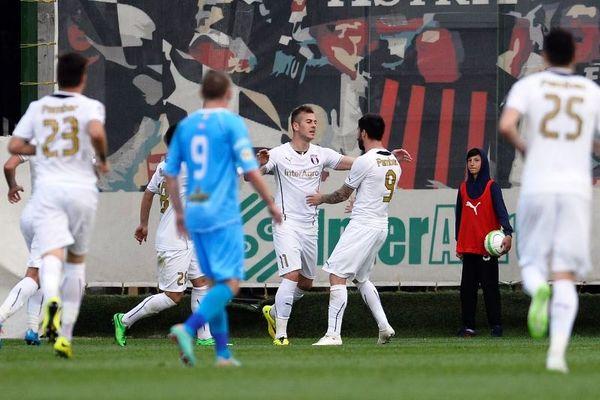 Europa League: «Μπαμ» από Άστρα, 2-1 τη Λιόν