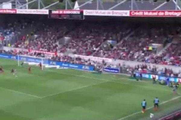 Μαρσέιγ: Αντί για κόρνερ, πήγε να στείλει την μπάλα έξω από το γήπεδο! (video)