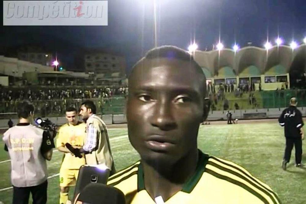 Αλγερία: Θάνατος παίκτη από αντικείμενο οπαδού (video)