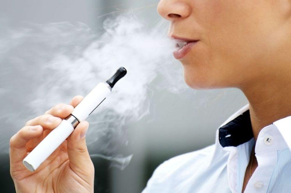 Ο ΠΟΥ αναγνωρίζει ότι η αγορά του ηλεκτρονικού τσιγάρου αναπτύσσεται ραγδαία