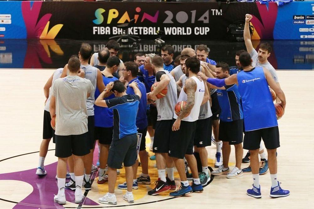 Μουντομπάσκετ 2014: Μπήκε ο Μάντζαρης (photos)