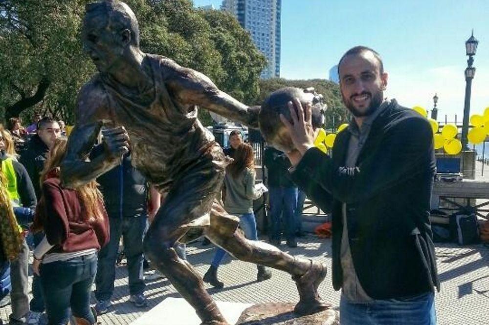 Σαν Αντόνιο Σπερς: Άγαλμα για Τζινόμπιλι στην Αργεντινή!