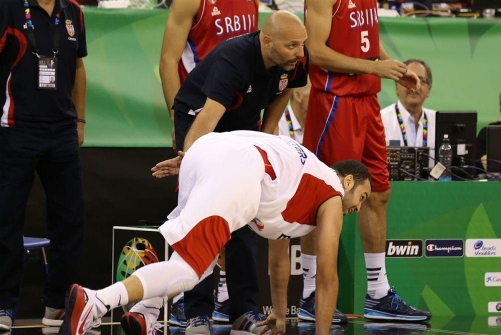 Μουντομπάσκετ 2014: Η... σφαλιάρα στα οπίσθια και η... μασέλα (photos)
