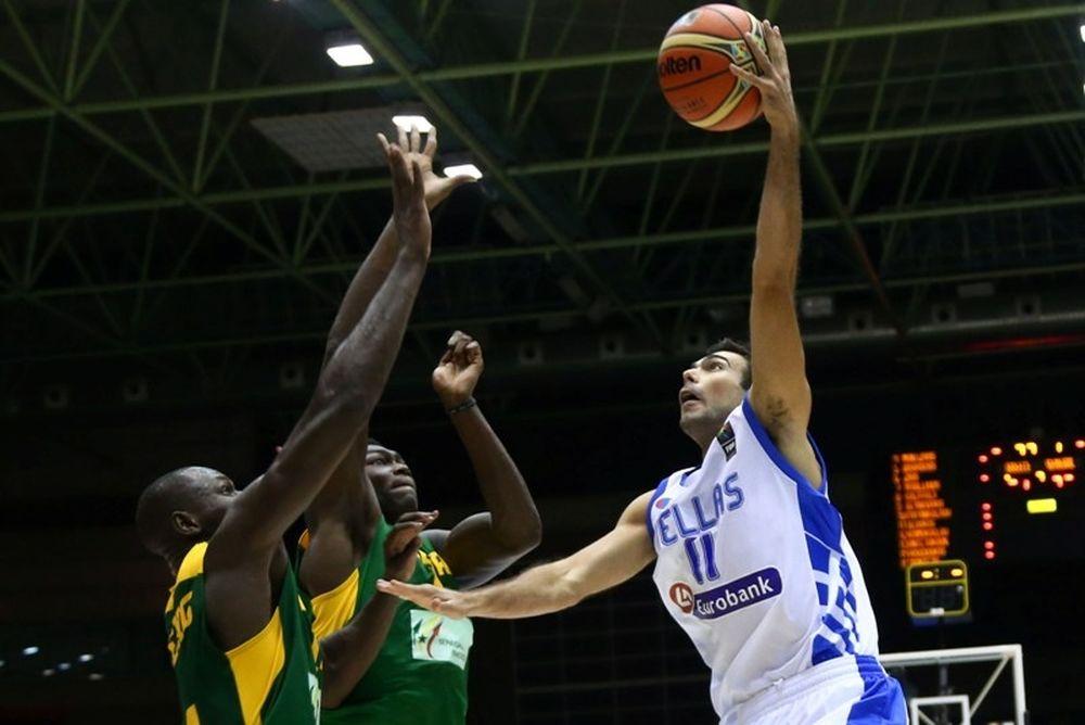 Μουντομπάσκετ 2014: Η επιβλητική τάπα στον Σλούκα (video)