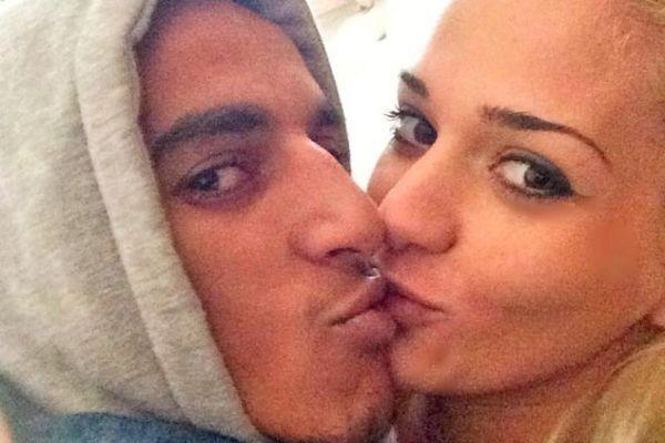 Παναθηναϊκός: Το «καυτό» φιλί στο στόμα του Ζέκα στη γυναίκα του (photos)