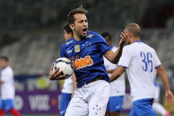 Brasileiro: Νέα νίκη για Κρουζέιρο (videos)