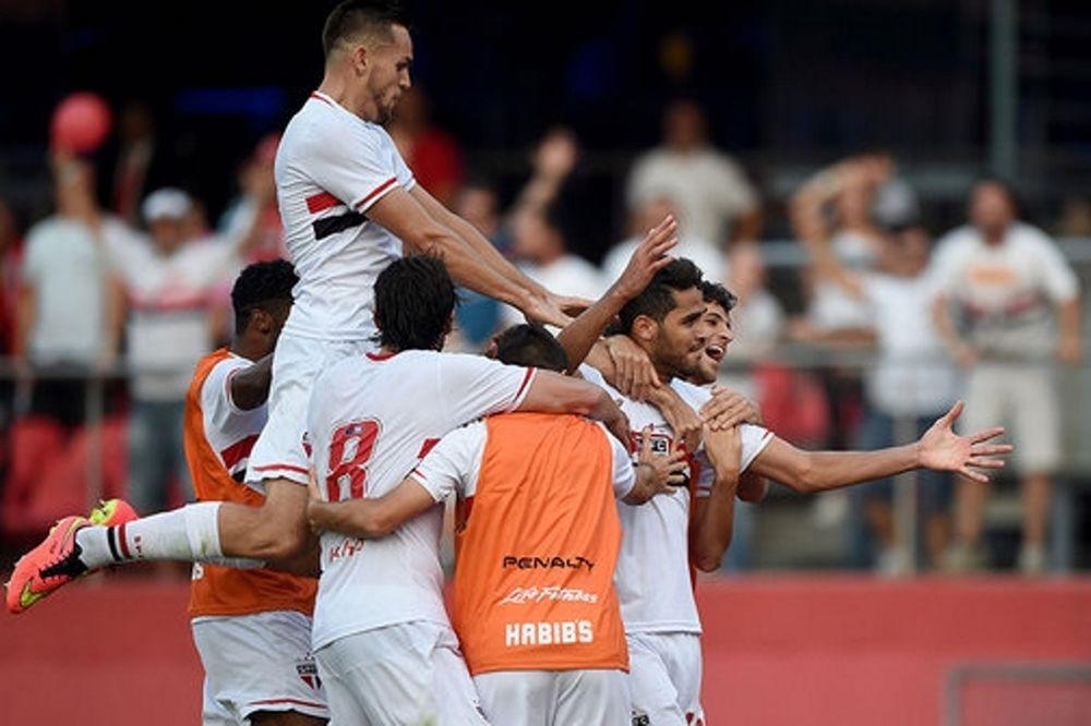 Brasileiro: Νίκη... τίτλου για Σάο Πάολο (videos)
