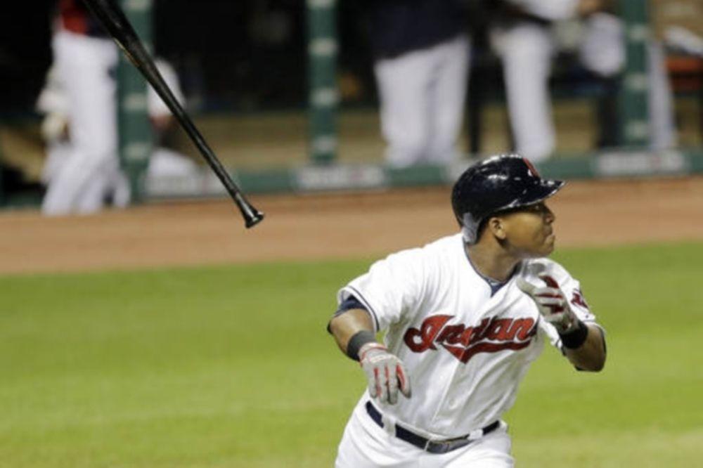 MLB: Στραβοπάτημα για τους Ρόαγιαλς του Μουστάκα (videos)