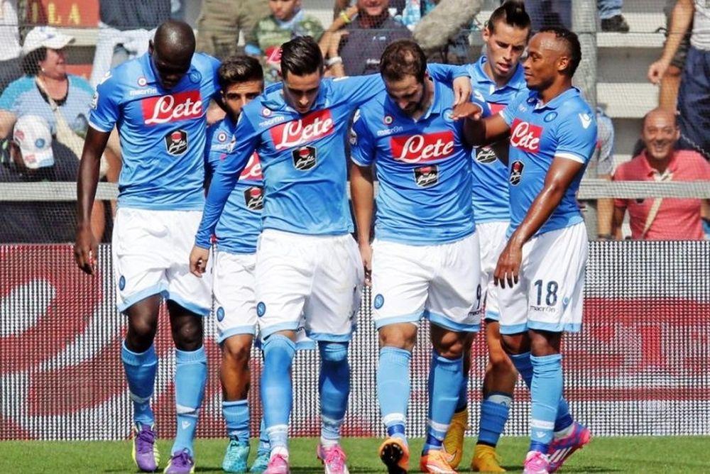 Επιτέλους νίκη για Νάπολι, 1-0 τη Σασουόλο (video)