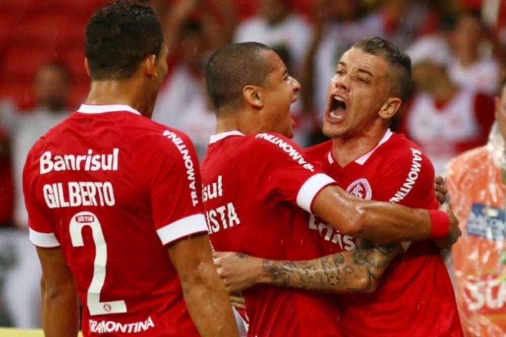 Brasileiro: Σκοτάδι στο «Μπέιρα-Ρίο», νίκη για Ιντερνασιονάλ (videos)