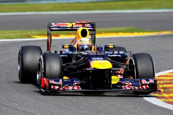 Red Bull: «Διαζύγιο» με Φέτελ