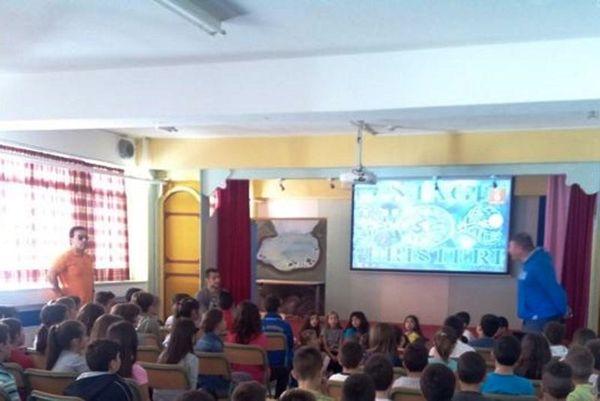 Ατρόμητος: Επίσκεψη Τσέναμο σε σχολείο της Αγίας Βαρβάρας (photos)