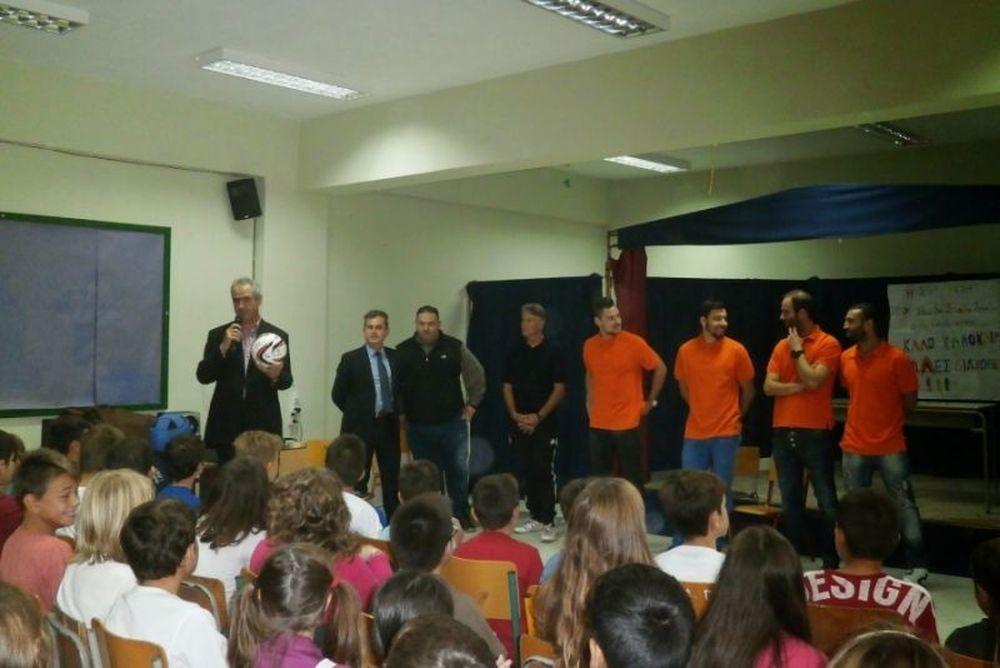 Εθνικός Γαζώρου: Επίσκεψη σε σχολείο των Σερρών