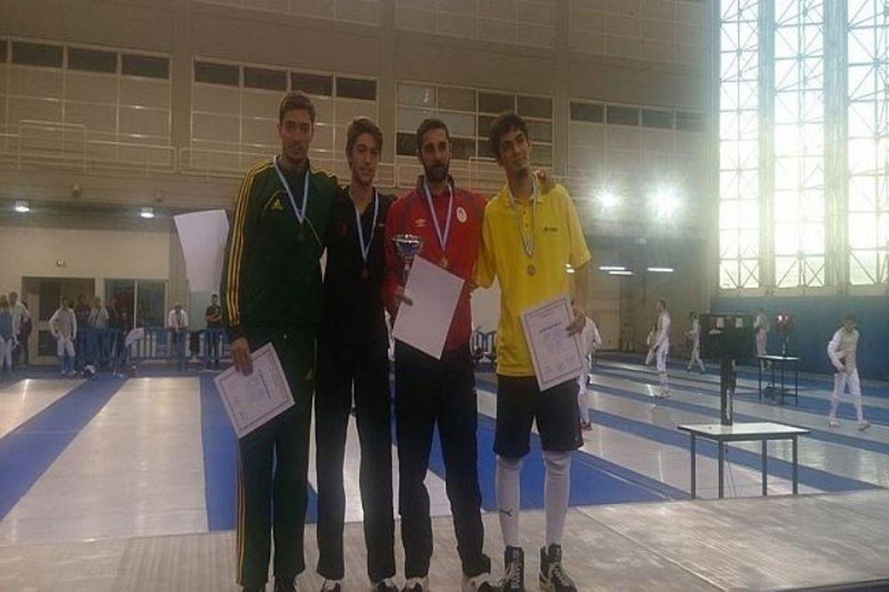 Ολυμπιακός: Οι πρώτοι τίτλοι στην Ξιφασκία