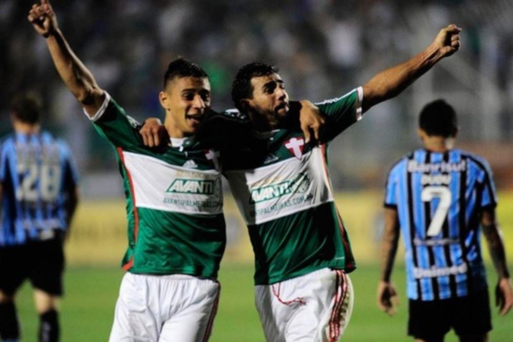 Brasileiro: Τρίτη σερί νίκη για Παλμέιρας (videos)
