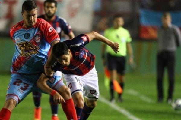 Αργεντινή: Οικογένεια… πουλιών στο 0-0 της Άρσεναλ με τη Σαν Λορένζο (video)