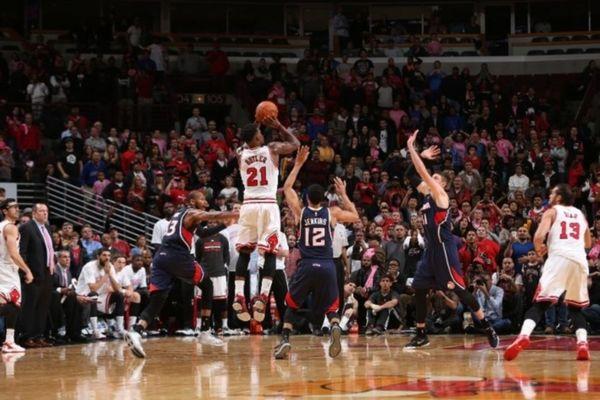 NBA: Τρελάθηκε ο Τζίμι Μπάτλερ των Μπουλς (videos)