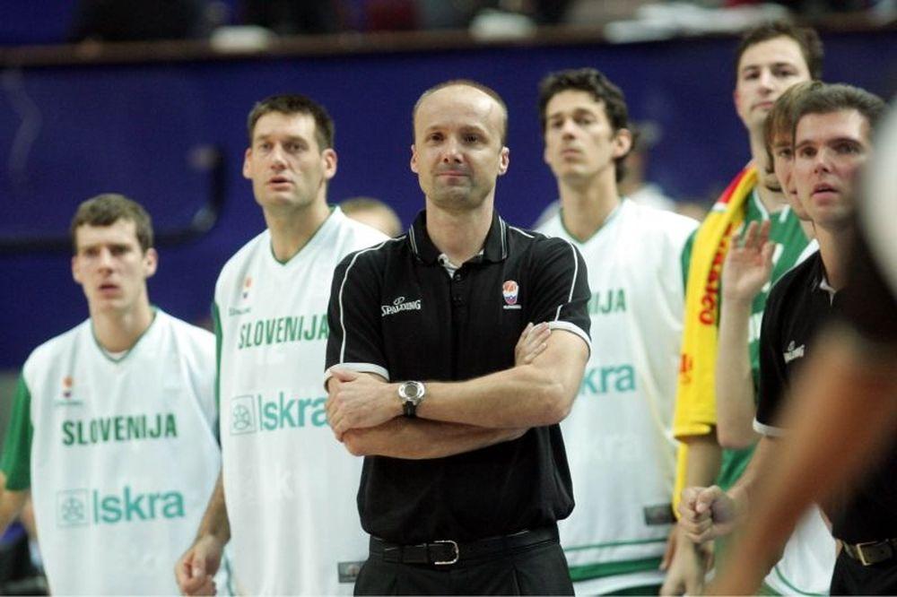 Γιούρι Ζντοβτς: Το… ξανθό «σκυλί» του μπάσκετ (video+photos)
