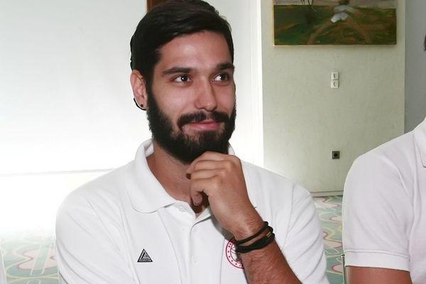 Ντούβνιακ: «Δεν νικάς κάθε μέρα τον Ολυμπιακό»