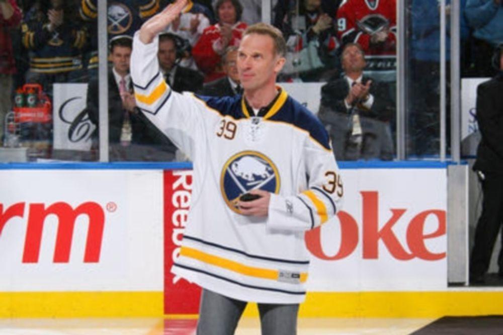 NHL: Αποσύρεται το #39 του Hasek από τους Σέιμπερς