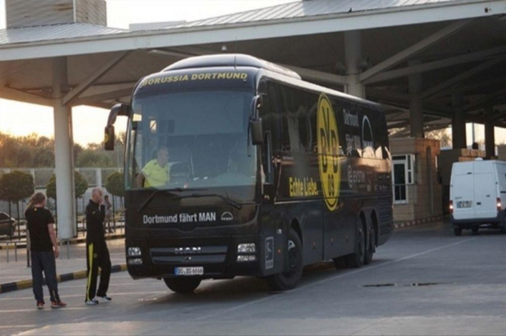 Μπορούσια Ντόρτμουντ: Εγκλωβίστηκε στα σύνορα το λεωφορείο