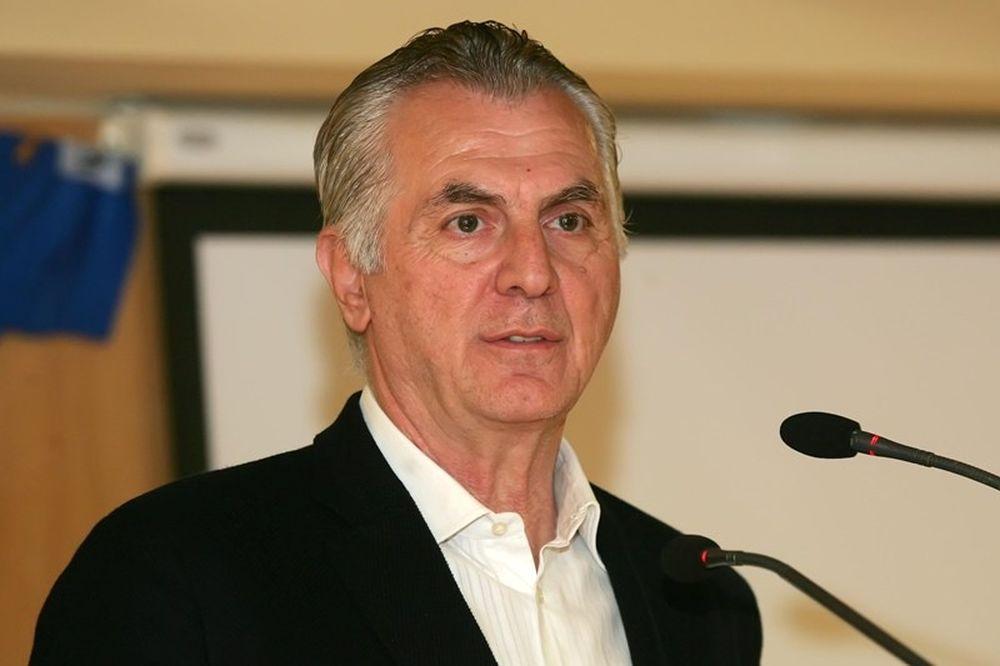 Παχατουρίδης: «Να επιστρέψει εκεί που ανήκει το Περιστέρι»