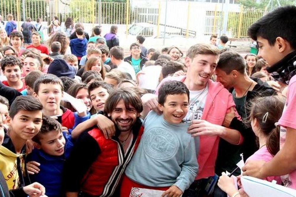 Ατρόμητος : Επίσκεψη σε σχολείο