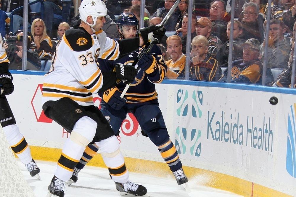 NHL: Τουλάχιστον ένα μήνα έξω ο Chara των Μπρούινς
