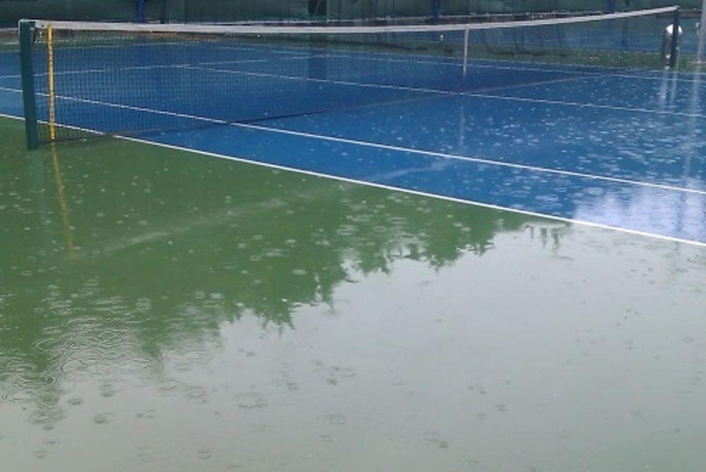 Τένις: Διακοπή στον αγώνα του Γιακούποβιτς
