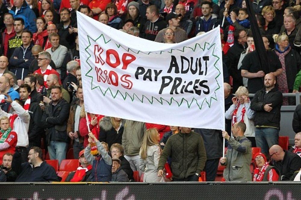 Οργή λαού της Λίβερπουλ για τις τιμές των εισιτηρίων (photos)