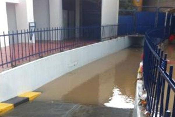 Νότιος Όμιλος: Πρώτη η Κύμη, πλημμύρισε το «Αν. Παπανδρέου» (photos)